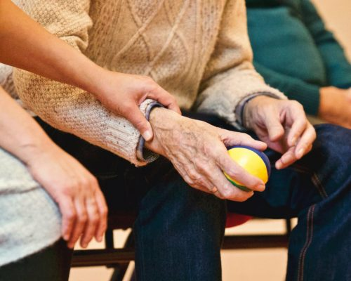Hulp voor aan ouderen